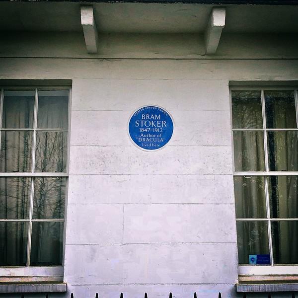 Blue plaque: Bram Stoker