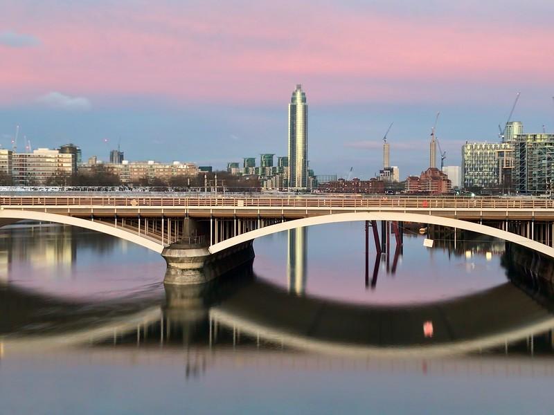 On Chelsea Bridge at dusk 2