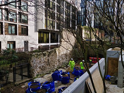 Building work by London Wall, Barbican