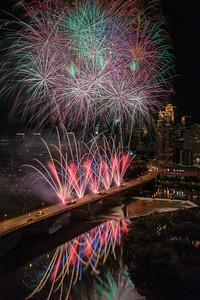Minneapolis Aquatennial 2017 Fireworks - Red