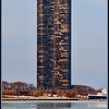 Lake Point Tower <br /> Lake Point Tower has been home to many affluent Chicagoans past and present, including:<br /> <br />     * Sammy Sosa, formerly of the Chicago Cubs baseball team<br />     * Alice Cooper, rock singer, songwriter and musician<br />     * Ozzie Guillén, Chicago White Sox manager<br />     * Andre Dawson, former Chicago Cubs outfielder<br />     * Scottie Pippen, former Chicago Bulls player<br />     * Goldie Hawn, actress<br />     * Kurt Russell, actor<br />     * Rich (Goose) Gossage, former Chicago Cubs pitcher and 2008 inductee into the Baseball Hall of Fame<br />     * Mickey Rooney, film and stage actor<br />     * Tom Cruise, actor