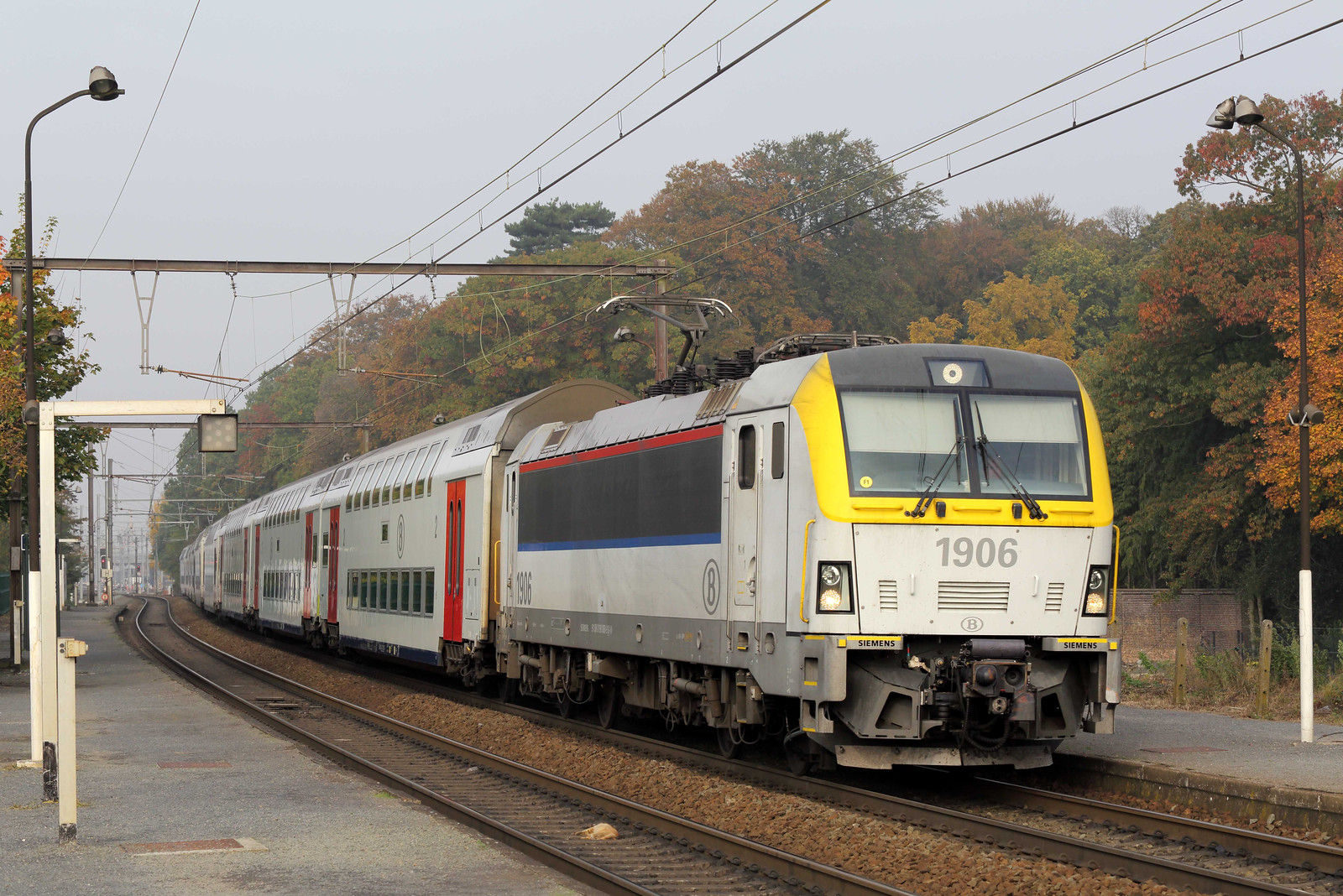 1906 Melle 25/10/2016<br /> IC2211 1140 Gent Sint Pieters-Tongeren