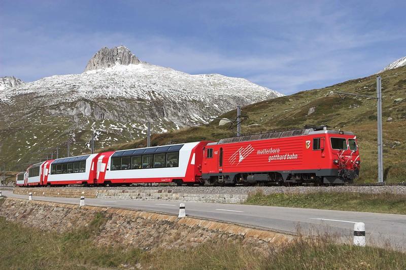 Matterhorn Gotthard Bahn 102, Oberalppass 18/9/2008<br /> D904 0913 Zermatt-St Moritz