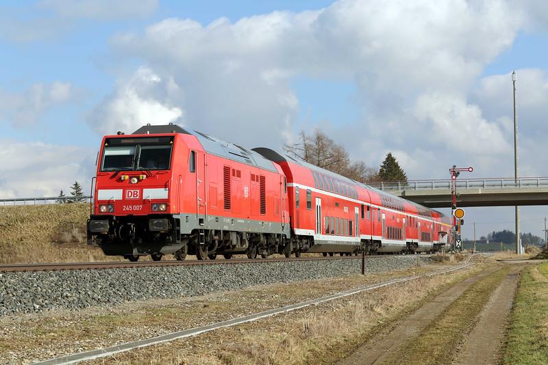 245007 Sontheim 24/2/2016<br /> RE57410 1220 München Hbf-Memmingen