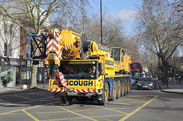 Ainscough Crane Hire LK09LZC, Stamford Brook 26/1/2018