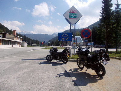 Entering Slovenia part 1, border crossing no. 3