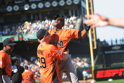 Jerry Rices Celebrates his Home Run
