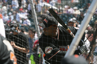 Barry Bonds Takes Batting Practice.