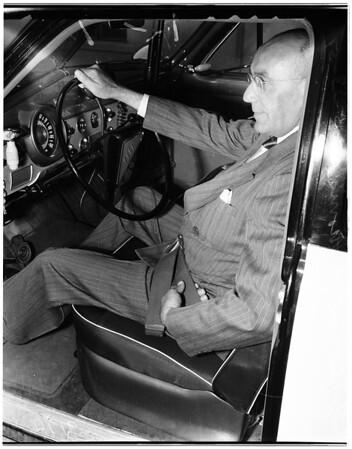 Safety belts -- Pasadena police, 1951