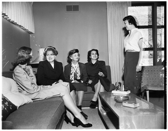 Radcliffe College house tours, 1951