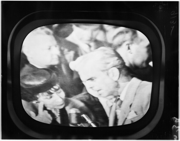 MacArthur arrival in San Francisco (International Airport), 1951