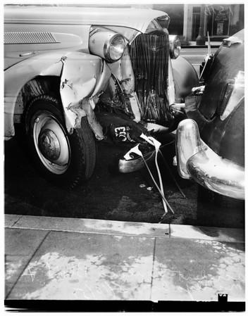 Accident on Ventura Boulevard and Matilija Avenue, 1951