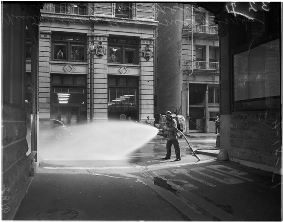 Ammonia line break on 4th Street...Downtown, 1951