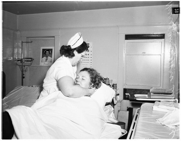 Ross Valley injured in crash (Valley Hospital), 1951