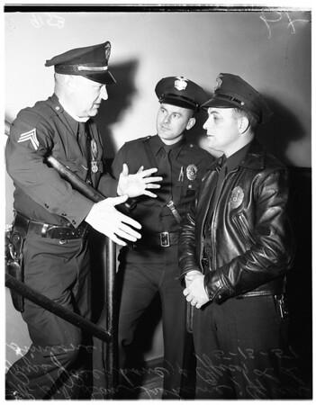 Cops rescue three kids in Pico Gardens fire, 1951