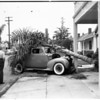 Auto accident (Oakwood and Kingsley), 1951