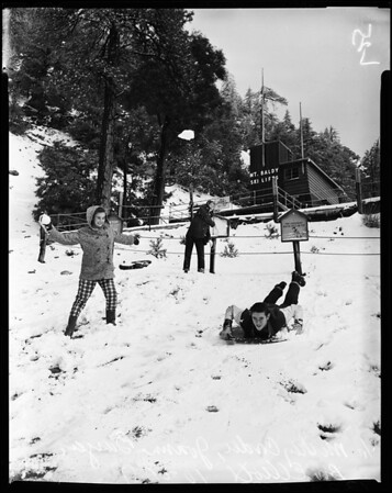 Snow pictures at Mount Baldy, 1957