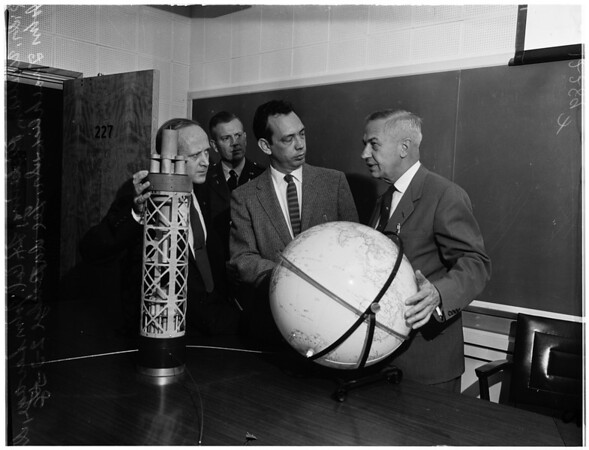 Press conference, Jet [Propulsion] Laboratory, 1958