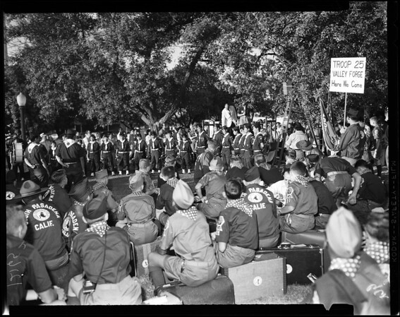 Scouts leave for Valley Forge, 1957