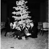 Football -- Oregon players Christmas at Ambassador, 1957