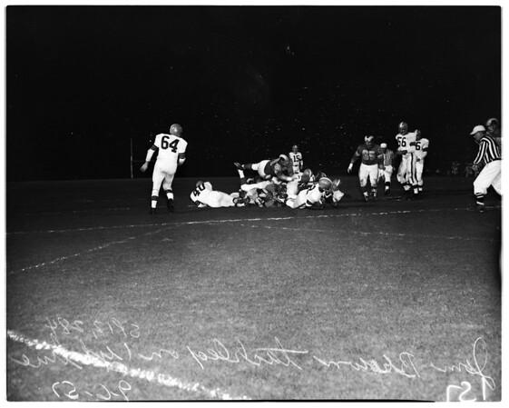 Football -- Los Angeles Rams versus Cleveland Browns, 1957