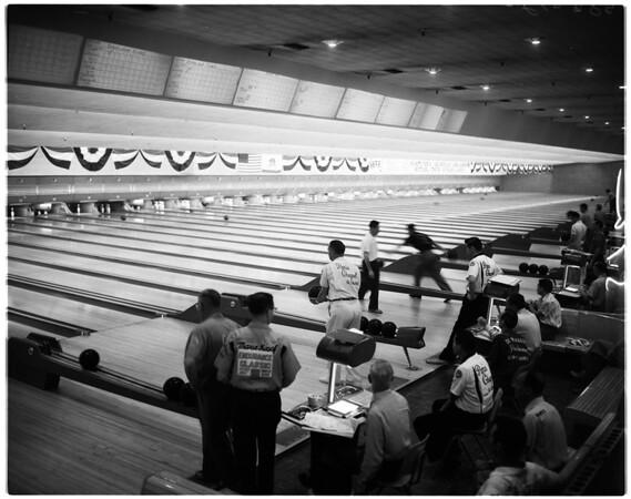 Bowling -- Examiner tournament, 1958