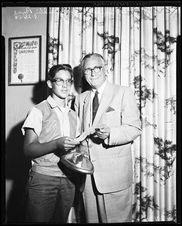 Examiner Hero Award, 1958.