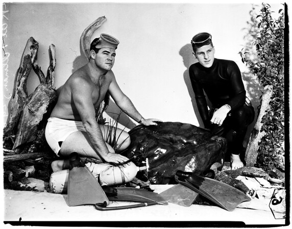 Skin divers find rock of Jade, 1958