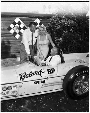 Autos -- race -- Indianapolis, 1958