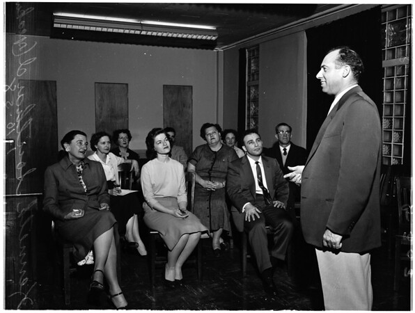 Social workers learn public speaking, 1958
