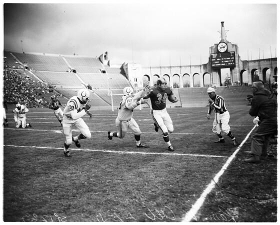 Football -- Los Angeles Rams versus Colts, 1957