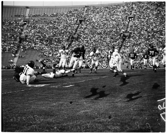 Football -- East West Pro Bowl, 1958