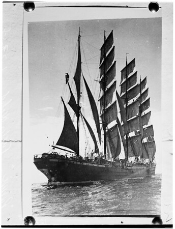 "Ex-Mate of German sailing ship ""Pamir"" tells all, 1958"
