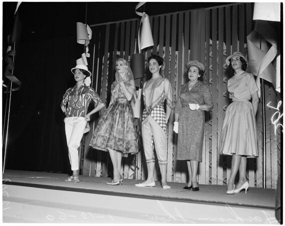 Fashion show at Ambassador Hotel, 1960