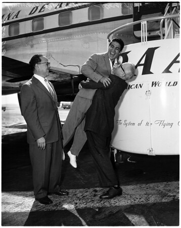 Boxing - Mexican fighter arrives from Mexico City, 1958