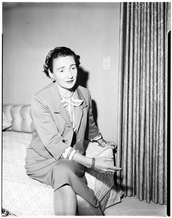 Editor of Harper's Bazaar, 1958