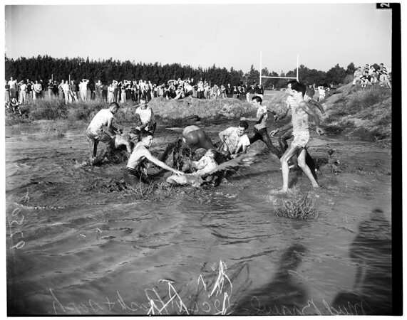 UCLA soph-frosh brawl, 1952