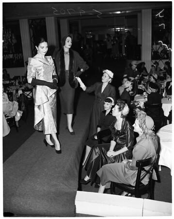Los Angeles District Junior Women's Club, 1952