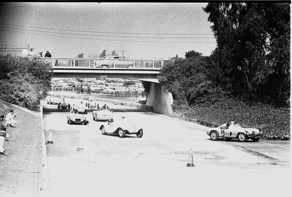Autos -- races -- Pomona sports cars, 1958