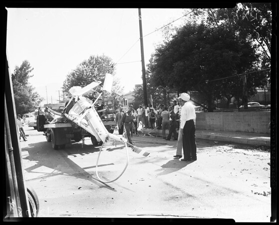 Helicopter crash near school yard at Justan Avenue and Fairfield Street in Glendale, 1958