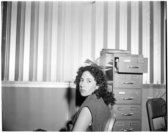 Robbery suspect, 1957