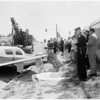 Car struck by plane (Santa Monica), Bundy Drive near National Boulevard, 1959
