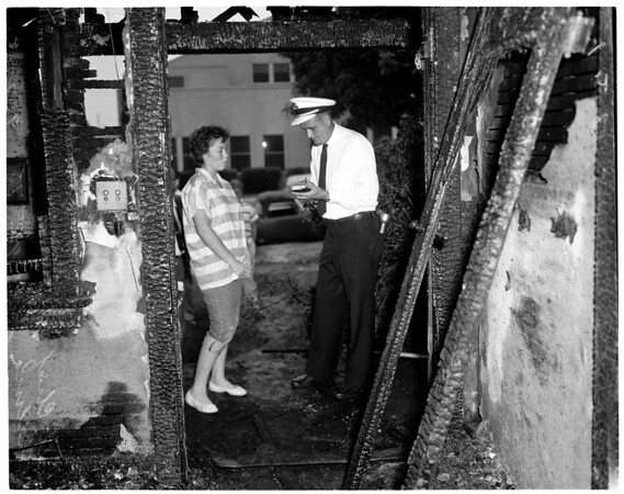 4 in family dead in South Gate fire, 1959