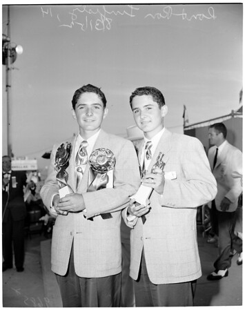 Twin Contest at Huntington Beach, 1952
