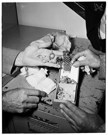 Malibu jewel robbery (Radziwill), 1952