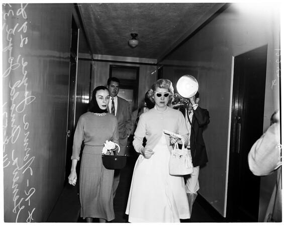 Bigamist, 1957