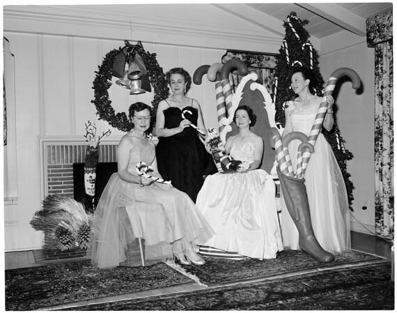 Candy Cane Ball, 1953