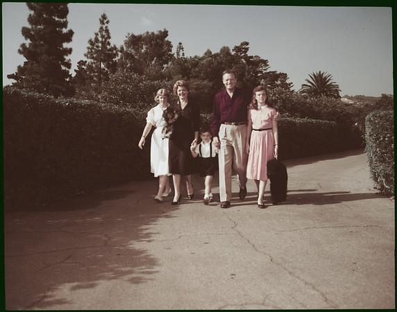 Van Heflin and family, 1958