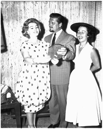 Zsa Zsa Gabor Award, 1958