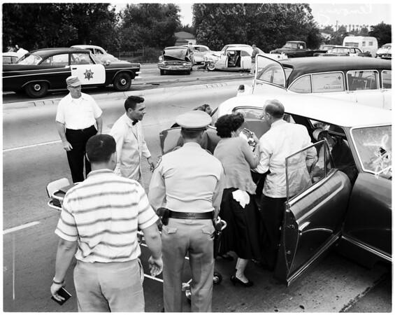 Freeway wreck (Santa Ana Freeway near Paramount Boulevard), six cars involved, 1958
